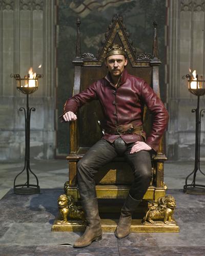 hiddleston_tom_the_hollow_crown_53416l