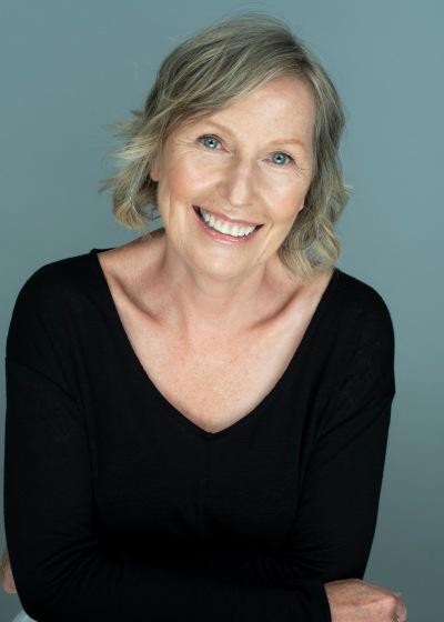photo of Mary Beth Leatherdale